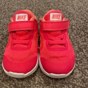Hot Pink Nike Shoes. Toddler Size 5.